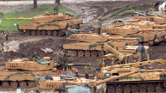 Die syrische Stadt Afrin wird bombardiert (Archivbild).