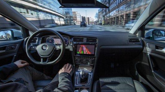 VW will autonomes Fahren zur Marktreife bringen – aber bis dahin dauert es noch etwas...
