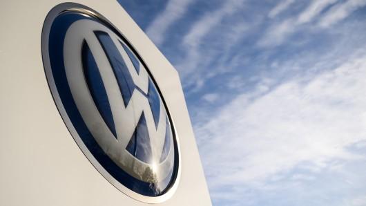 Volkswagen will ein Zeichen gegen Fremdenfeindlichkeit setzen. (Symbolbild)
