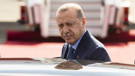 Dem türkischen Präsidenten Recep Tayyip Erdogan scheinen die VW-Pläne zu gefallen. (Archivbild)