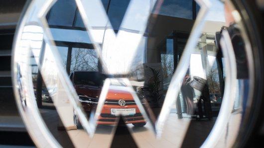 VW startet eine E-Auto-Offensive. Und du kannst auch abräumen.