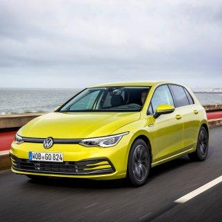 Seit Dezember kannst du den neuen VW Golf 8 kaufen. Doch da kommt noch mehr auf Autofans zu. Denn VW plant einen PS-Hammer!