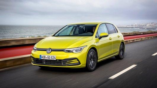 VW: Ab sofort kannst du den neuen Golf 8 von Volkswagen kaufen. Doch manche Händler sind wütend über die Markteinführung!
