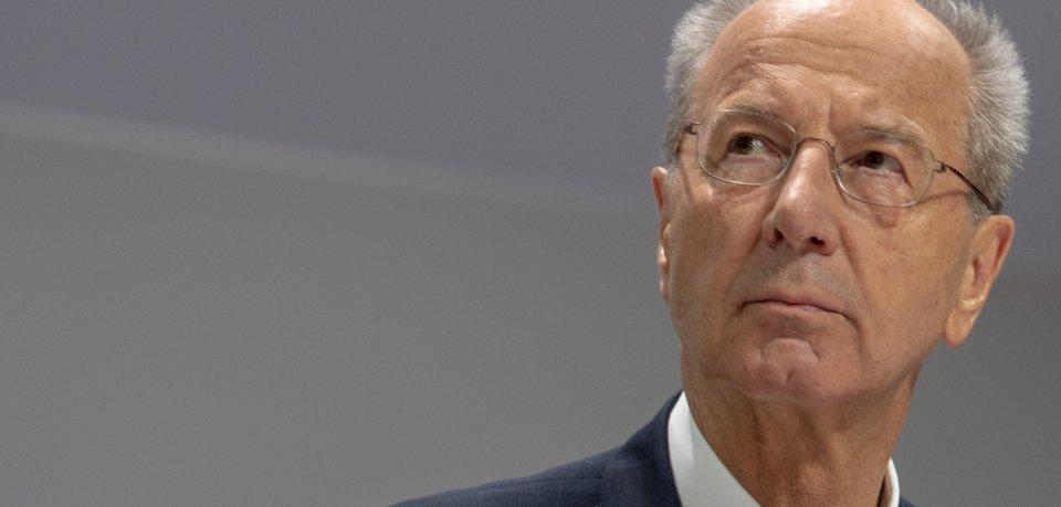 VW-Chefaufseher Hans Dieter Pötsch hat sich in einem Interview ehrlich wie nie zum Dieselskandal geäußert. (Archivbild)