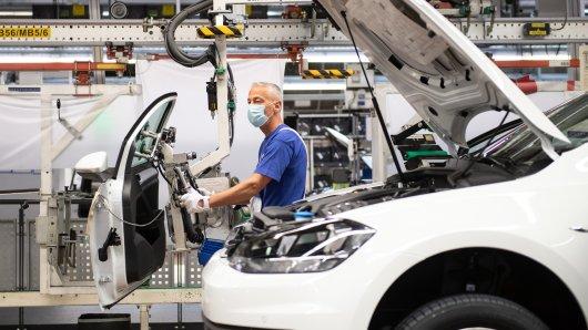 VW hatte die Mitarbeiter während der Corona-Krise in Kurzarbeit geschickt. (Archivbild)