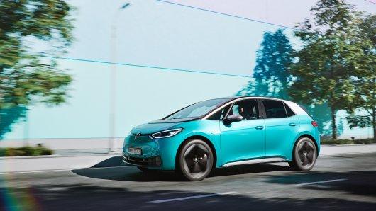 Der neue VW ID.3 kann ab 20. Juli gekauft werden, doch Kunden werden eine kleine Überraschung erleben.