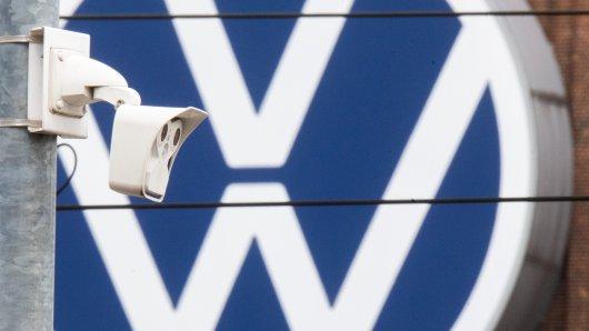 VW hat gleich mehrere Baustellen – eine davon entwickelt sich zu einem echten Krimi. Die neueste Spur im VW-Abhörskandal führt nach Russland... (Symbolbild)