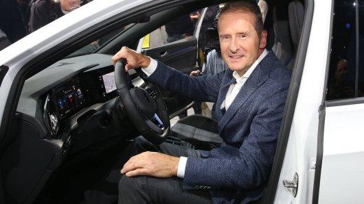 VW-Chef Herbert Diess hat sich einen neuen Dienstwagen gegönnt. Und der erinnert doch stark an einen echten Blockbuster. (Symbolbild)