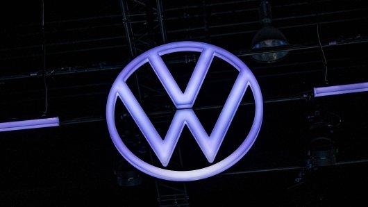 VW musste erneut für eine Werbeanzeige Kritik einstecken. Jetzt hat der Konzern seinen Fehler erklärt. (Symbolbild)