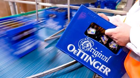 16 Kisten Bier haben die Einbrecher mitgehen lassen. (Symbolbild)