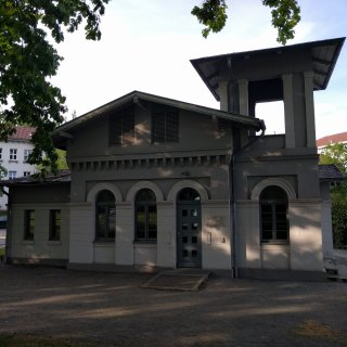Die Gedenkstätte Schillstraße, die der Opfer des ehemaligen KZ-Außenlagers Neuengamme gedenkt.