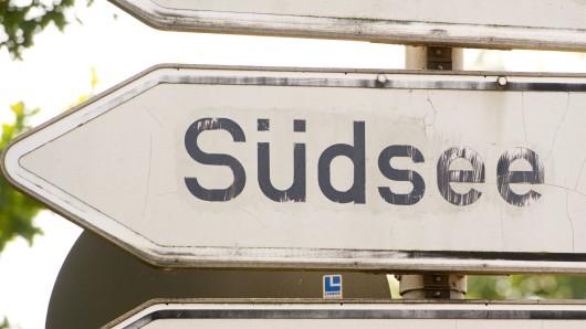 Am Südufer des Südsees werden die Wege neu asphaltiert (Symbolbild).
