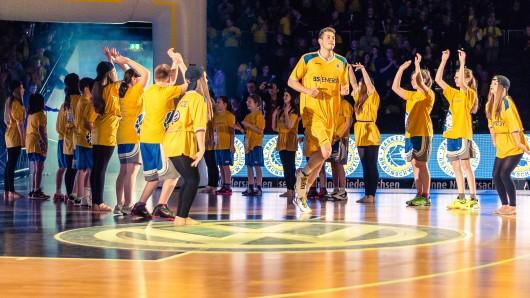 Die Basketball Löwen Braunschweig suchen wieder Spalierkinder.
