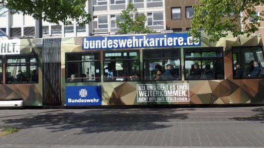 Es gibt Kritik an der Bundeswehr-Bahn.