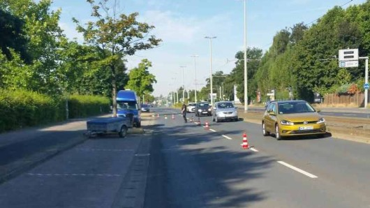Auf der Berliner Straße hat die Polizei rund 100 Autofahrer kontrolliert.