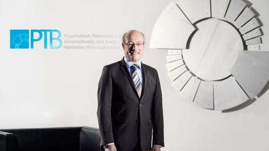PTB-Präsident Prof. Dr. Joachim Ullrich darf sich freuen.