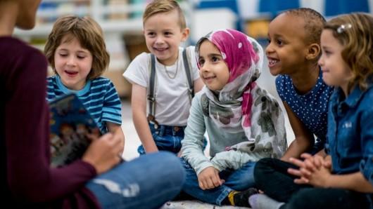 Die Volksbank BraWo möchte mit dem Walk4help Kindern in der Region helfen (Symbolbild).