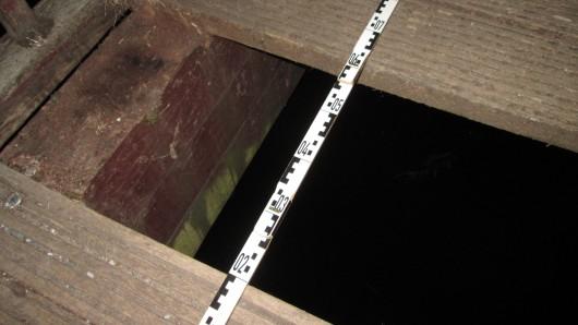 Zwei Planken fehlten an der Brücke.