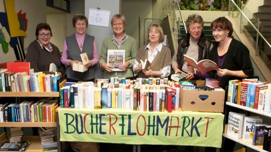 Zum Bücherflohmarkt laden Sie herzlich die Damen der Patientenbücherei am Standort Salzdahlumer Straße ein.