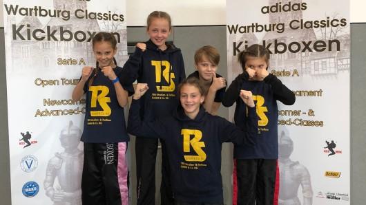 Die fünf Braunschweiger Kickboxer.