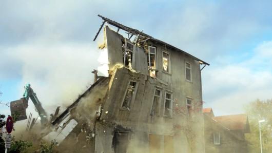 Am Dienstag wurde das Haus abgerissen.