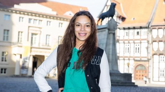 Gisele Oppermann ist wieder in Braunschweig. Das Dschungelcamp hat sie abgehakt.