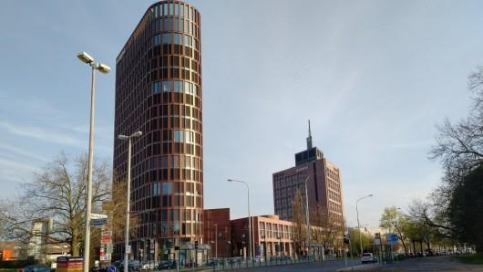 Hoch oben im Büro-Turm des BraWo-Parks eröffnet bald ein Restaurant von Tim Mälzer.