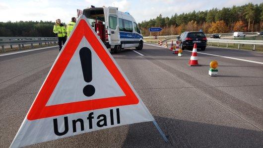 Auf der A7 hat es gekracht. Der Unfall passierte bei Derneburg-Salzgitter. (Symbolbild)