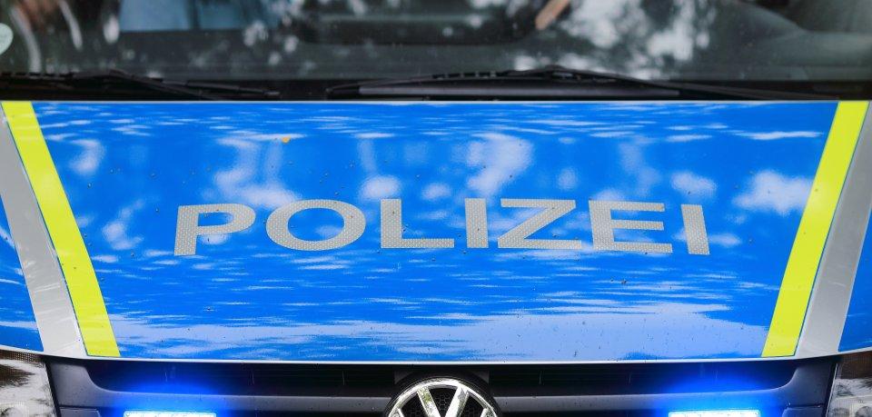 Ein Mann wollte in Braunschweig in die Stadt fahren – und richtete einen sehr teuren Schaden an.