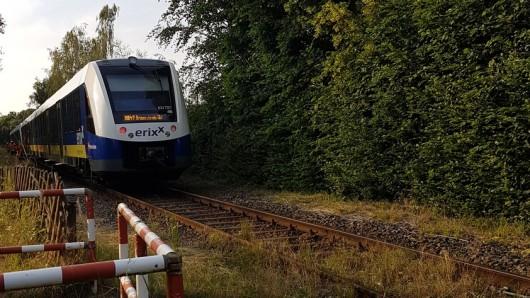 Dieser Zug hat den Mann in Braunschweig erfasst. Die Bundespolizei ist sich sicher, dass es kein Suizidversuch war, sondern eine lebensmüde Aktion – kein Einzelfall.