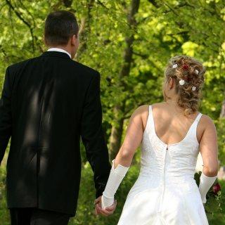 """Samantha aus Braunschweig trat bei """"Hochzeit auf den ersten Blick"""" vor den Traualtar. Die Fans sind überrascht... (Symbolbild)"""