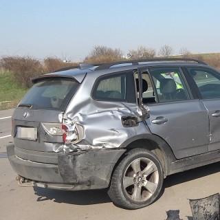Auf der A2 verunglückten drei Autos – der Unfall sorgte für einen langen Stau.