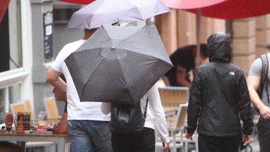 Das Wetter in Niedersachsen wird ungemütlich. (Symbolbild)