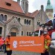 Verschiedene Hilfs- und Rettungseinheiten hatten sich am Warntag 2020 auf dem Burgplatz versammelt, um auf den Aktionstag aufmerksam zu machen.