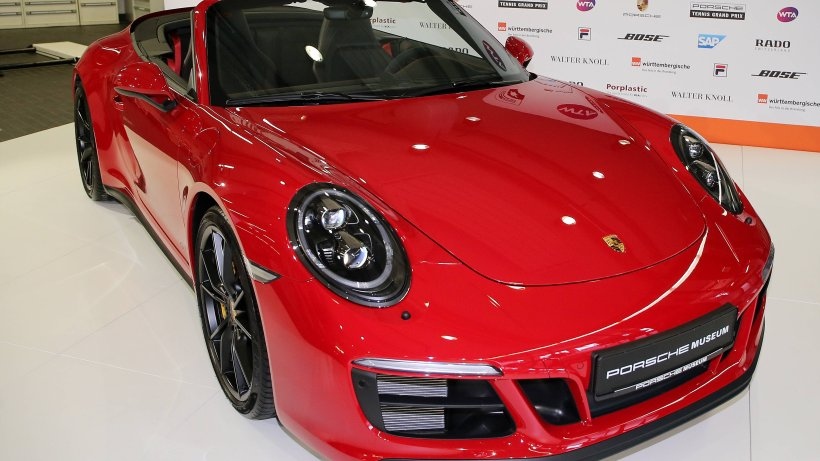 Braunschweig: Mann macht Probefahrt mit Porsche – das ist jetzt ein Fall für die Polizei