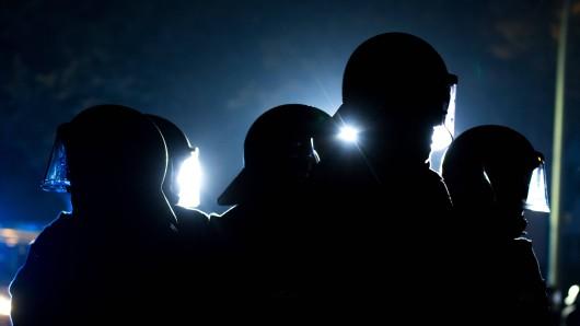 Die Polizei Braunschweig war am Sonntagabend mit einem größeren Aufgebot im Westlichen Ringgebiet vor Ort. Die Antifa hatte sich dort zu einer Spontan-Demo versammelt. (Symbolbild)