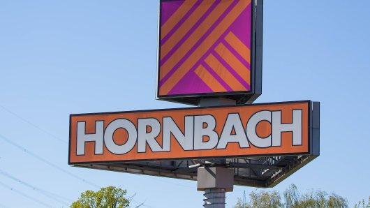 Zwei Männer wollten bei Hornbach in Braunschweig einkaufen. Doch es gab ein problem – und das wiederum führte zu einem handfesten Streit. (Symbolbild)
