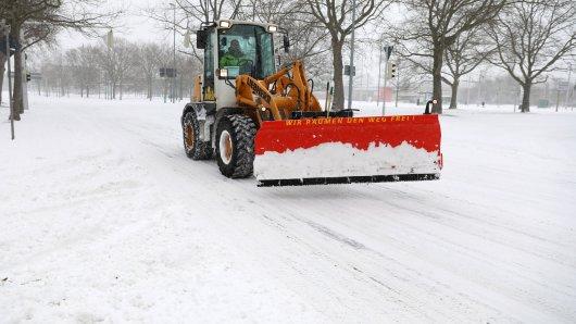 Der Winterdienst hatte in Braunschweig und der Region allerhand zutun! Doch manch ein Braunschweiger fühlte sich mit seinem Schnee ziemlich alleingelassen. (Archivbild)