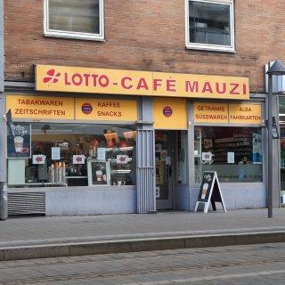 Einem Kiosk am Bohlweg in Braunschweig droht ein Alkoholverbot. Der Besitzer findet das ungerecht.
