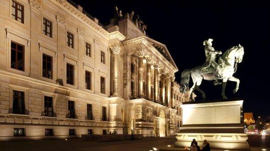 Normalerweise erstrahlt Braunschweig nachts in schönem Glanz. Doch bald gehen die Lichter in der Löwenstadt aus. Damit will die Stadt ein Zeichen setzen.
