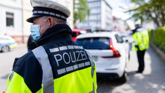 Die Polizei in Braunschweig staunte nicht schlecht, als sie die Frau mitnahm. (Symbolbild)
