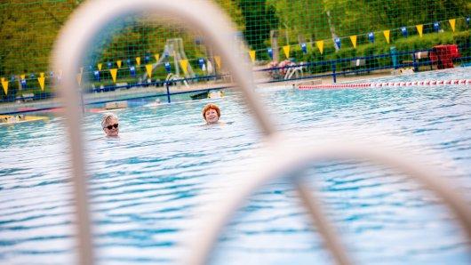 Braunschweig öffnet die Schwimmbäder nur für spezielle Zwecke. (Archivbild)