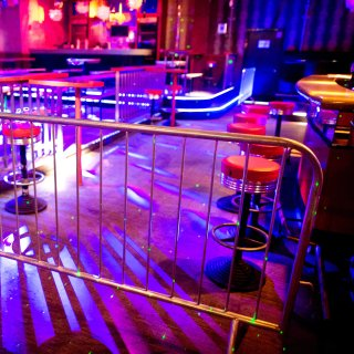 Unter einer bestimmten Bedingung dürfen Discos in Braunschweig wieder öffnen. (Symbolbild)