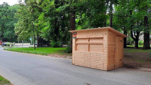 Im Prinzenpark in Braunschweig steht eine neue Holzhütte. Was hat es damit auf sich?