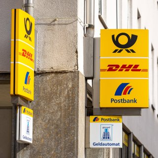 So manch ein Postbank-Kunde in Braunschweig ist verärgert. (Symbolbild)