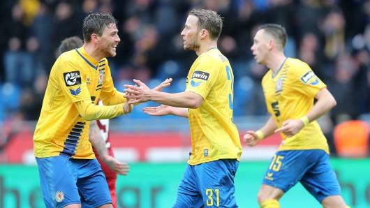Eintracht Braunschweig ist am Mittwoch in Kaiserslautern zu Gast.
