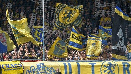 Auf sie ist auch in Liga drei Verlass: Die Fans von Eintracht Braunschweig gehen mit ihrem Team durch dick und dünn (Archivbild).