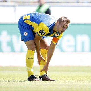 Eintracht Braunschweigs Bernd Nehrig muss gegen Jena zuschauen.