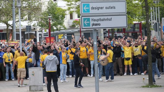 Im Lager der Eintracht gab es erwartungsgemäß viel Häme für die Selbstironie des VfL Wolfsburg. (Archivbild)