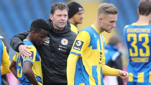 Torwarttrainer Ronny Teuber fühlt sich bei der Eintracht wohl.